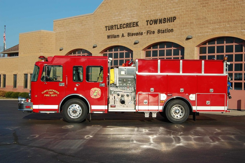 Engine 32: 2003 Spartan/4 Guys Fire Equipment Engine