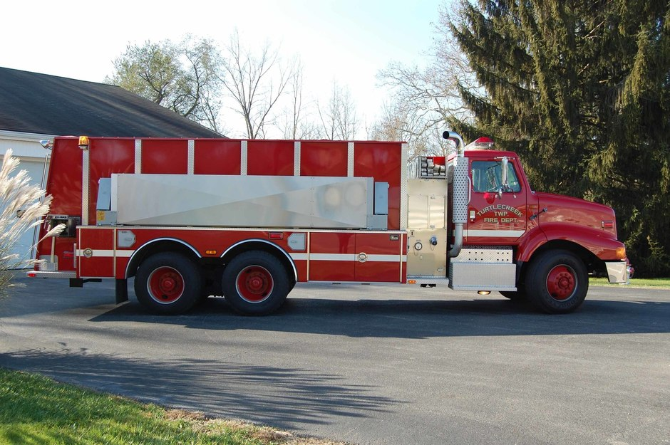 Tanker 31-2: 1998 International Tanker built by 4 Guys Fire Equipment